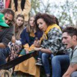 Contradaioli di Vivo che stanno partecipando al Palio del Boscaiolo
